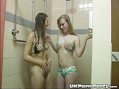 UK teens Maisie Dee and Satine Spark get soapy
