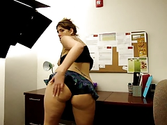Booty Shake In The Office