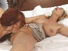 Great Lesbian Milfs
