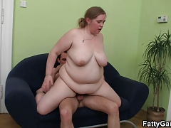 Bbw Picks Up An Young Man With Ease