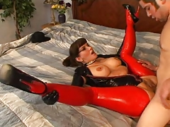 Carrie Anne Latex Milf