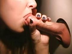 Elle suce au sexshop