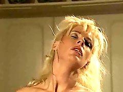 Sweet Women & Men Have A Random Kind Of Sex!