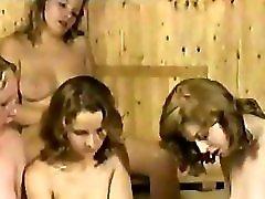 Hot Classic Saune Lesbians !!!