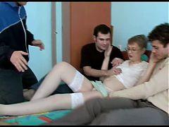 Plan A 4 Avec Maman Consentante