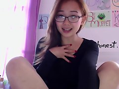 Busty Teen Harriet Sugarcookie Vlog