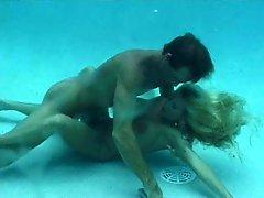 A Good Underwater Fuck!