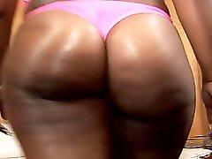 Big Ass Ebony Fucks Like A Pro