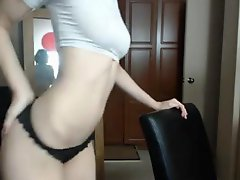 Skinny Beatiful Gir Sexy Dancing